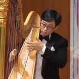 音乐奇才「刘在锡」这次化身【古典竖琴手】用一个音结尾逗笑全场