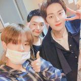Wanna One尹智聖&黃旼炫&李大輝中秋合影! 原來是一起看旼炫的音樂劇~