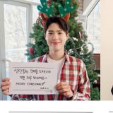 来自男神们的圣诞祝福!车太铉&宋仲基&朴宝剑亲笔写祝福:果然是字如其人!