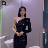 金素妍身材比例太好,完全看不出只有164cm!