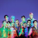 香港华纳唱片限定主题流动车今日推出:会巡游港九地区、为歌迷送出Coldplay x BTS限定明信片及手幅!