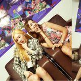 女神和女神的合照!「秘密姐姐」韩彩英、宣美一起去看妹妹们Red Velvet的演唱会啦!