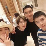 SJ厲旭終於退伍了!第一個行程就是和哥哥們去濟州島錄製《Super TV》~