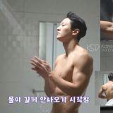 男神周元3D腹肌完整性感呈现在新剧《Alice》花絮影片中,到底是怎么练得啦~!