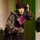 姜河那主演音樂劇《幻想童話》今日首演!誇張的喜感造型,吸引了大家的視線 XD