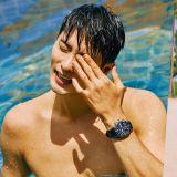 成勛新加坡海灘寫真公開:自認還不是《我獨自生活》正式彩虹會員!?