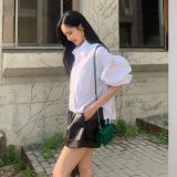 从BLACKPINK Jisoo到孙娜恩都有的白色衬衫,随意百搭都很有独特的个性美!