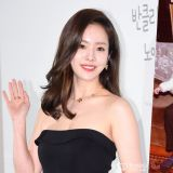 韩志旼家庭照片公开 原来妈妈就是大美人!