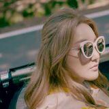 Bada《FLOWER》MV充滿時尚的配件小物,你擁有幾項?