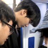 NU'EST JR熱心幫助老婆婆使用ATM 真的太溫暖啦!