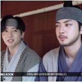 [花絮片]SUGA的「大吹打」MV未公开片段来了!JIN:他千拜托万拜托我才来的!