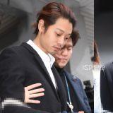 郑俊英一审被判6年有期徒刑&崔钟训5年,当庭痛哭