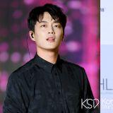 尹斗俊、尹邵熙特別出演《一起吃飯吧》導演新作《今生是第一次》!