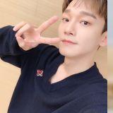 EXO Chen 本週未上節目打歌 仍成功拿下首座音樂節目冠軍獎盃!