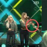 EXID《人歌》舞台麥克風故障消音!LE展現實力,拿兩支麥克風繼續完成表演!
