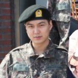 李敏鎬兵役訓練所照片公開! 身穿迷彩服依然帥到爆表