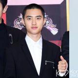 EXO D.O.主演tvN新剧《百日的郎君》路透照!好想看我们王世子的正脸啊~