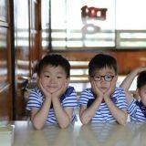 宋一國曬三胞胎新照 可愛的他們長大啦