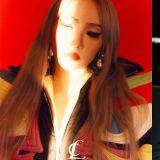 CL 首張實體專輯延後至 2021 年初發行 「想給大家更好的成果」