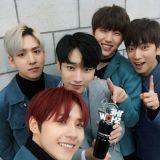 B1A4回歸後奪冠《The Show》