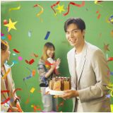 [有片]李敏鎬被慶生好靦腆! 來臺拍攝還收到蛋糕