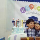 李辉才的儿子书言、书俊是五岁的哥哥啦!双胞胎Happy Birthday!