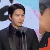 李尚禹在《MBC演技大賞》拿到「男子最優秀演技賞」 感言提到老婆:「希望素妍明天也會有好消息,我愛你!」