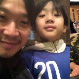 HAHA与大儿子Dream合照公开!引发讨论...网友表示:「强大的基因,真的一模一样!」