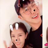 这么可爱是犯规的!SM娱乐「舞王」、「舞后」:允浩和BoA的可爱自拍~