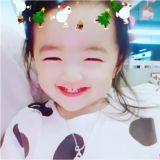 蘇怡賢的女兒夏恩笑得如天使般:笑眼和媽媽一模一樣哦~