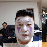 慎点!姜镐童令人冲击的「无脸男」装扮…「快要忘记他本来长什么样子了」