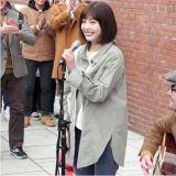 新劇《她愛上了我的謊》公開Red Velvet JOY&崔民秀街頭表演劇照
