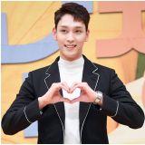 朴信惠别兵变唷!8月1日演员崔泰俊入伍为社会服务要员