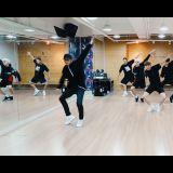 男团MONSTA X新曲《Stuck》舞蹈版本 动作更加干净俐落