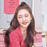 用完會變得和她一樣美嗎?Red Velvet Joy公開化妝包的秘密:性價比超高!