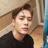 GOT7 Jackson传授快速学韩文秘诀:「不仅要跟韩国人谈恋爱,还要跟她吵架! 」