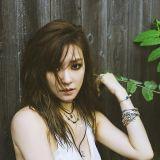 少女時代Tiffany攜手Simon Dominic 下周發新歌《Heartbreak Hotel》