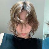 原來太妍的頭髮也是自來卷!網友共鳴:「簡直就是我剛起床的樣子」
