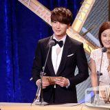 第42屆韓國放送大獎:Super Junior利特筆挺西裝亮相