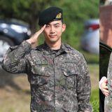 【多图】2PM玉泽演今日退伍,队友黄灿盛到场迎接!更表示:「我会努力以好作品和大家见面的!」