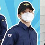 韓國社會服務要員換新制服啦!EXO伯賢5月入伍就要穿新款了,肯定帥氣爆表