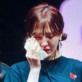 在外拼搏7年第一次回家! Red Velvet Wendy在多伦多演唱会落泪:「我爱的所有人都在这里! 」