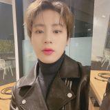 Wanna One也有成员被掉包?!河成云粉丝官咖留言:「不要担心我!」