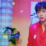 郑容和最新主打歌《That Girl》MV预告释出 红色西装也太适合他了吧~简直帅翻!!!