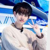跟粉丝握手之前必先擦汗~《Produce X 101》的礼仪少年:琴东贤!