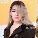 CL有望與JTBC合作推出脫口秀節目《CL 9》:第一期嘉賓是Paris Hilton!