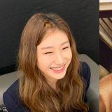 ITZY彩領和偶像太妍對視之後...這不就是迷妹追星成功的反應嗎?