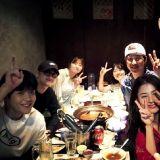 EXO D.O.(都敬秀)入伍前…《百日的郎君》劇組聚餐啦!合照裡「有秘密」?