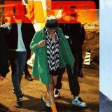 CHANEL宠儿出动~G-Dragon颓丧风海报曝光!粉丝只想问:何时回归