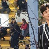 朴寶劍、朴素丹tvN新劇《青春記錄》路透照!網友分享路透後記:「大家都應該要看看他本人!」